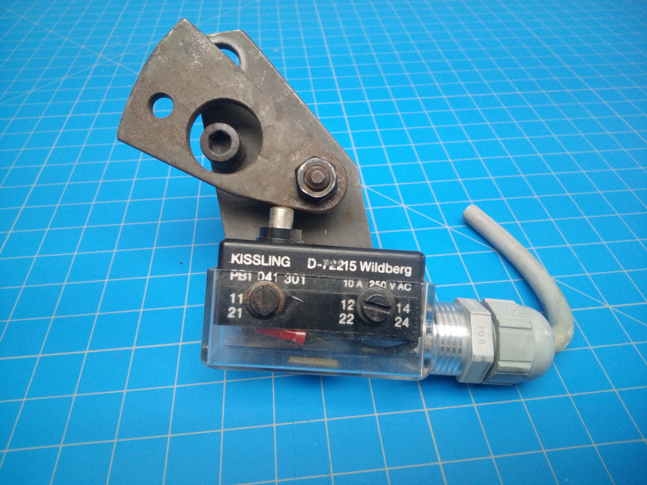 Stahl / Baum Double Sheet Detector Assembly - P01-000049
