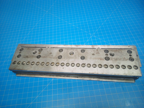 GBC / Sickinger 2:1 Rectangle CombBind Paper Punch Die 0312060000 - P01-000054