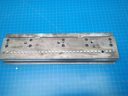 GBC / SICKINGER 3:1 Round WireBind Paper Punch Die 0312170000 - P01-000061