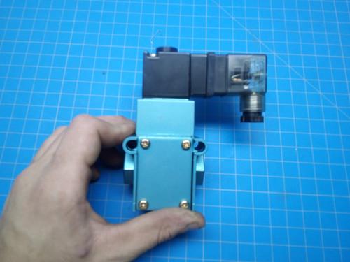 Mac Pneumatic Solenoid Valve 55B-12-PE-111JD - P01-000070
