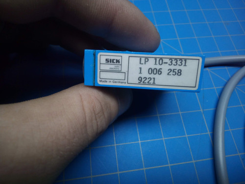 Sick LP10-3331 Photoelectric Sensor - P01-000098