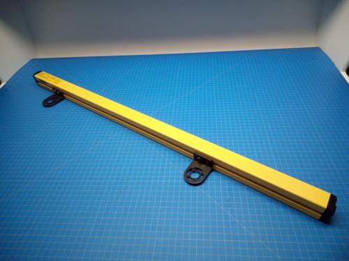 Banner EZ-Screen SLSE30-900Q8 900mm Light Curtain Emitter - P02-000044