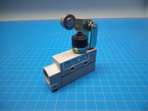 omron limit switch ZE-NA2-2S - P02-000366