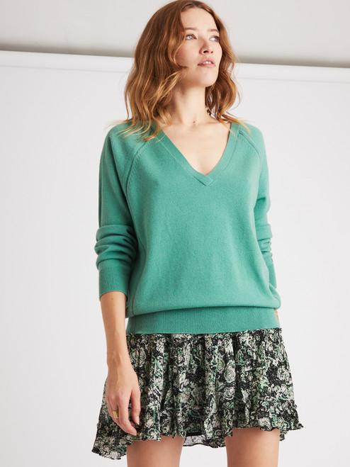 Falda Berenice modelo Jojoba verde
