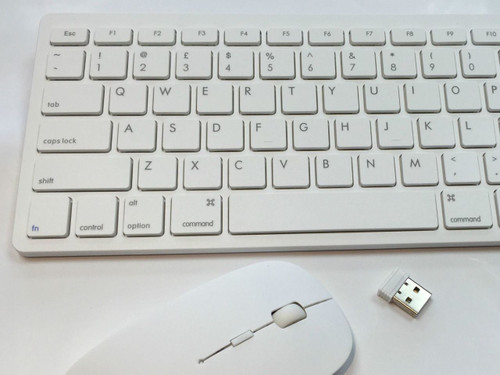 MINI WIRELESS 2.4GHZ  WHITE KEYBOARD AND MOUSE COMBO FOR APPLE LAPTOP DESKTOP