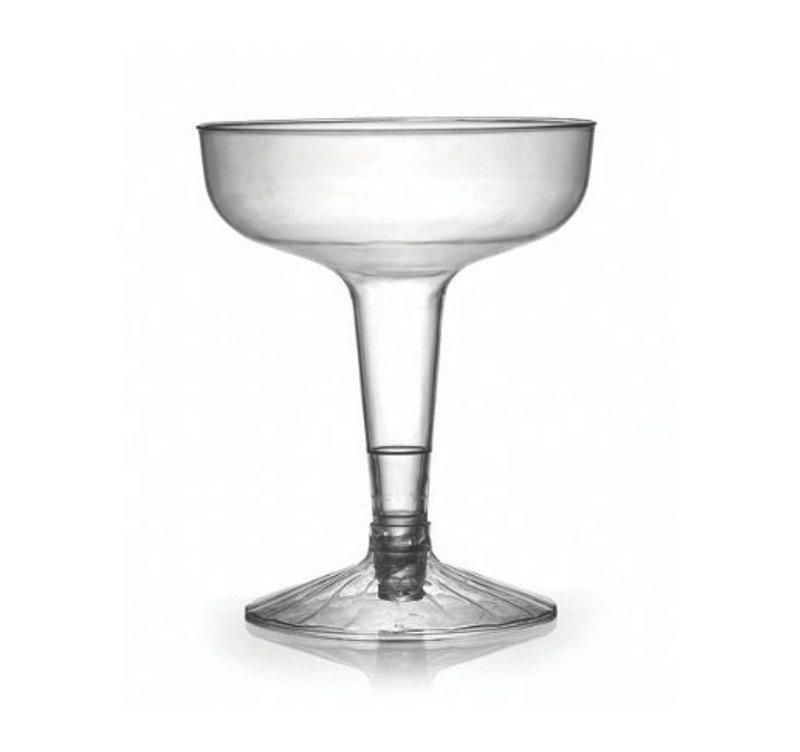 Flairware elegant old-fashioned champagne flutes with scalloped design. Perfect for classy dinner parties or weddings. These flutes are made from heavyweight plastic. Sold in wholesale bulk and retail.