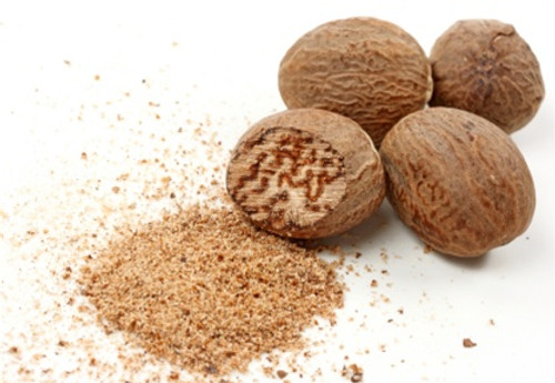 Nutmeg - Whole - 12 Pieces (Approx 68 g  / 0.15 lbs)