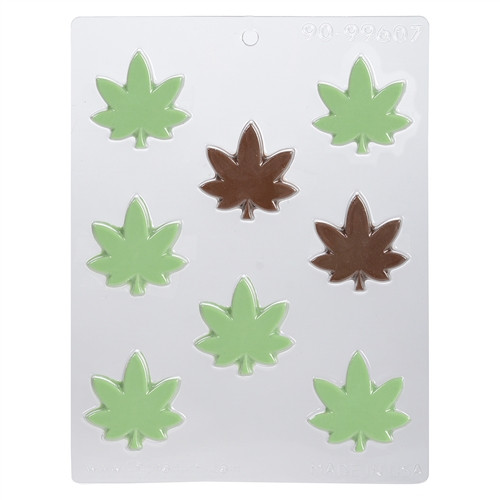 Marijuana Wide Leaf - Plastic Chocolate Mold