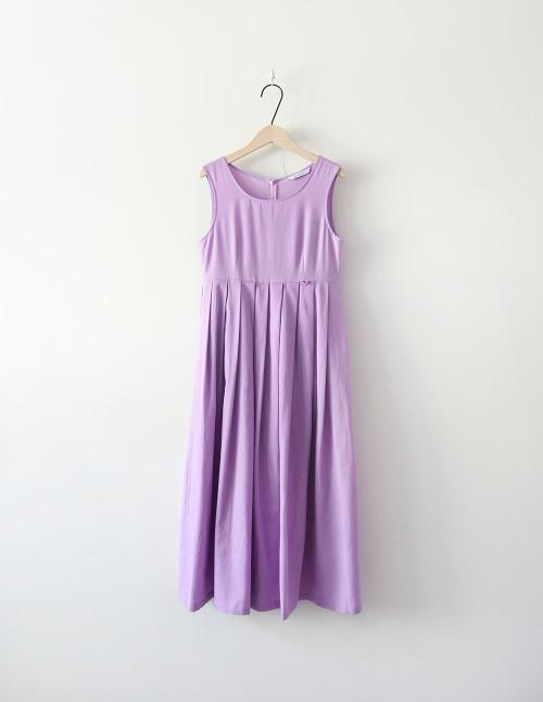 Leesle Yaegam Dress