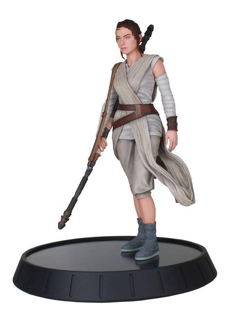 Star Wars Milestones Rey The Force Awakens 1/6 Scale Statue