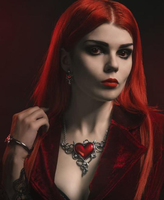 Devil Heart Généreux Necklace