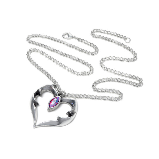 sie view of batwing heart necklace