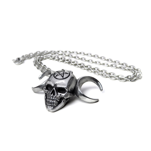 Truinity Skull Necklace