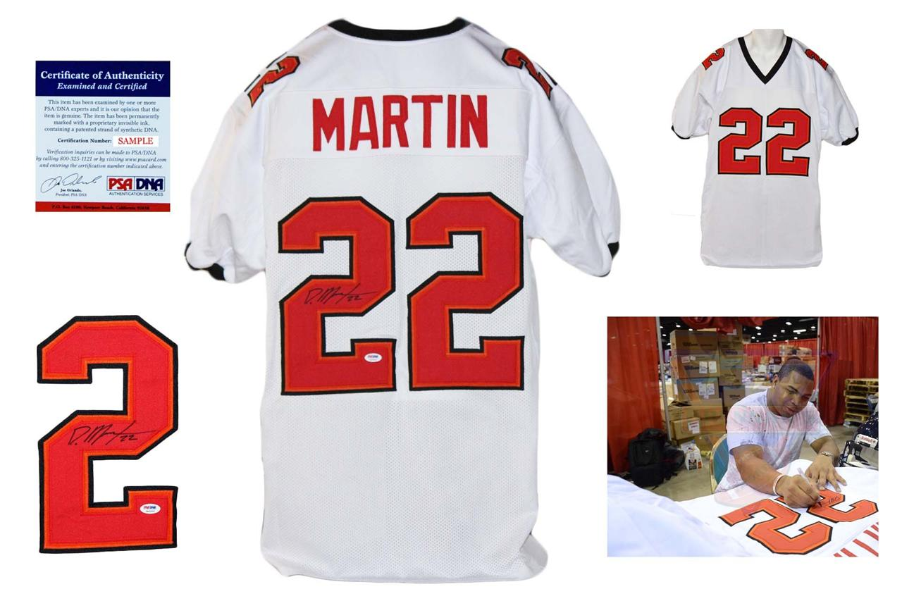 the best attitude 47d6b 76daf Doug Martin Autographed Signed Tampa Bay Buccaneers White Jersey PSA DNA