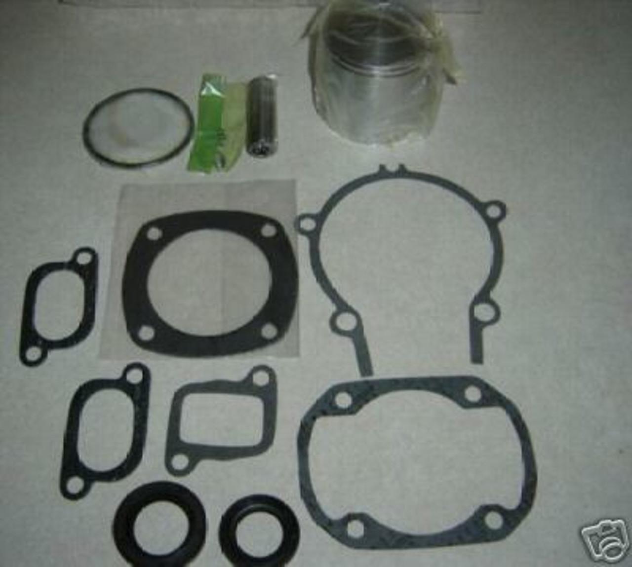 Aircraft engine piston kits