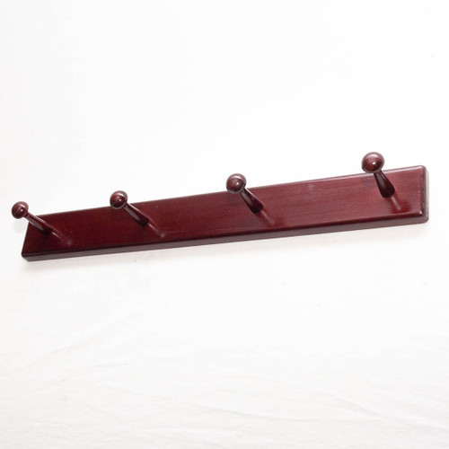 This sleek wooden coat rack adds style to your home or office entryway and maximises space to conveniently hang your coats, hats and scarves on a wall