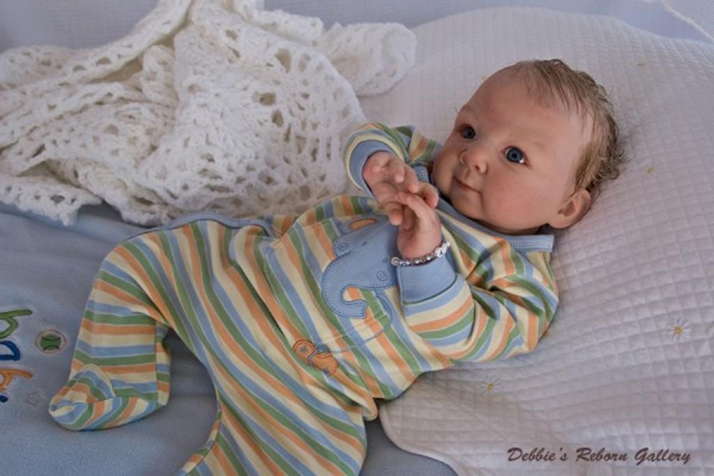 Cassedy Reborn Vinyl Doll Kit by Adrie Stoete
