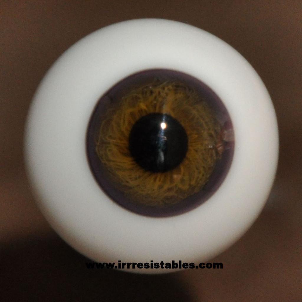 German Glass Eyes: Full Round Hazel #4