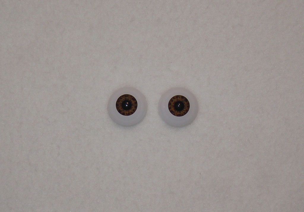 Acrylic Real Eyes in Tiger Brown