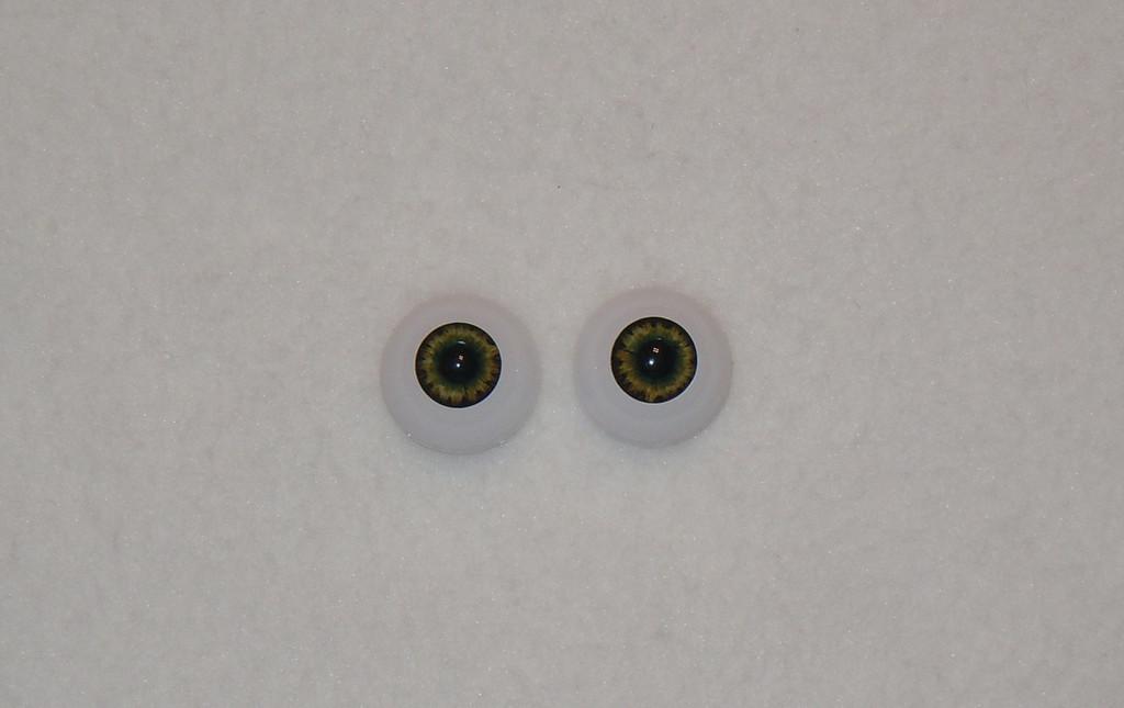 Acrylic Real Eyes in Dark Brown Green