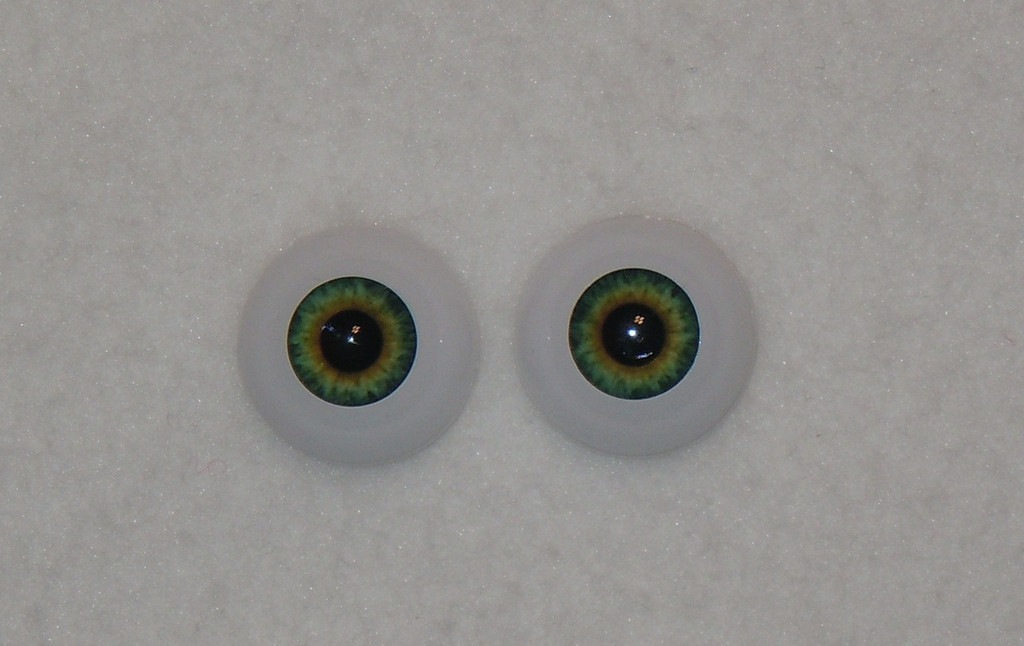 "20mm Light Green Round ""Real Eyes"" Made In USA"