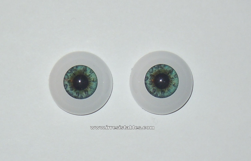 Acrylic Real Eyes in Light Blue Green