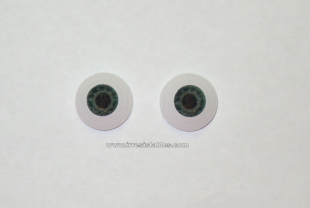 Acrylic Real Eyes in New Born Darling LE