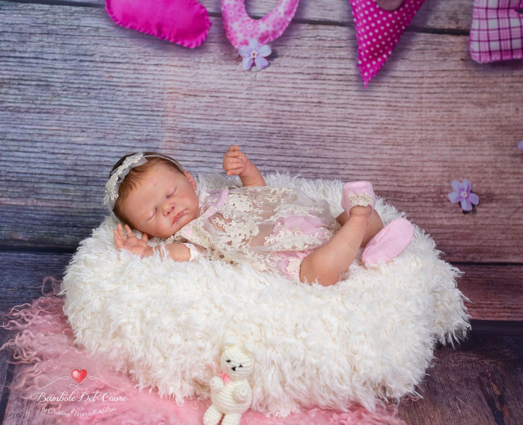 Demi Reborn Vinyl Doll Kit by Philomena Donnelly