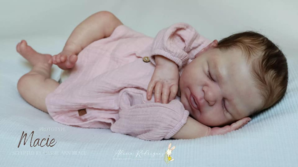 Macie Reborn Vinyl Doll Kit by Cassie Brace