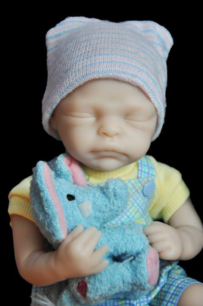 BeeJee Mini Reborn Vinyl Doll Kit by Marita Winters