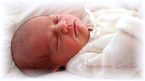 Estelle Vinyl Reborn Doll Kit by Linde Scherer