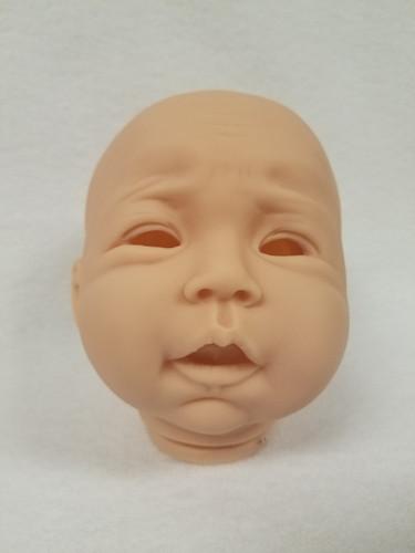Belgin Reborn Vinyl Doll Head by Ping Lau