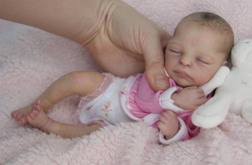 BeeJee Mini Reborn Vinyl Doll Kit by Marita Winters