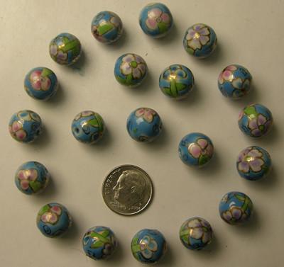 Lot 50 Porcelain Beads L104