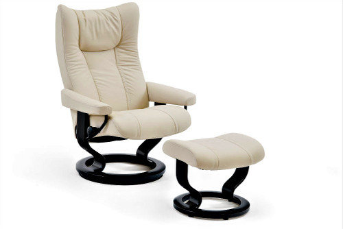 Wing Small Classic Chair & Ottoman