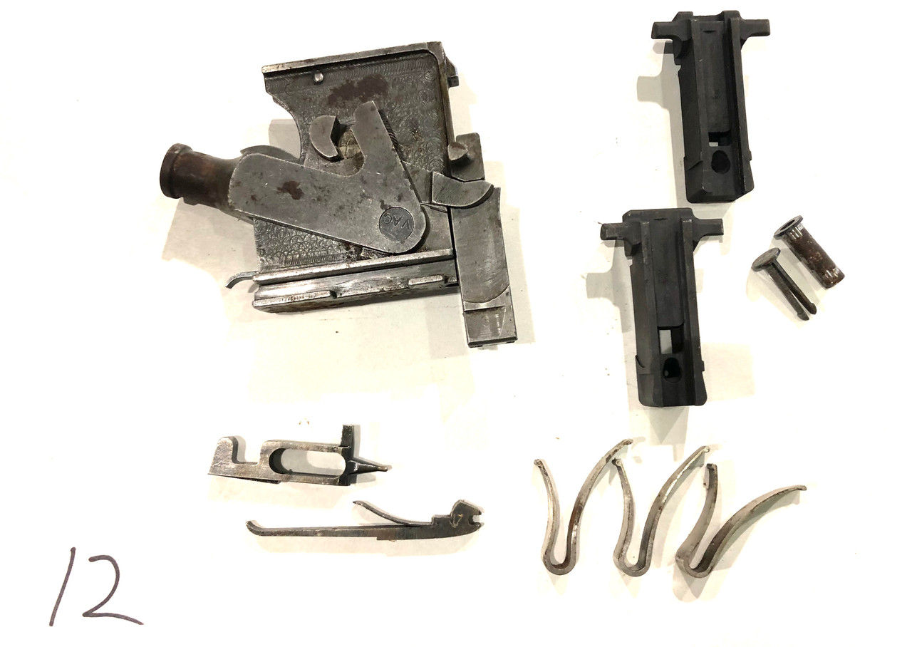 Vickers Lot 201009-12:  Lock Assembly (rusty) with extra parts