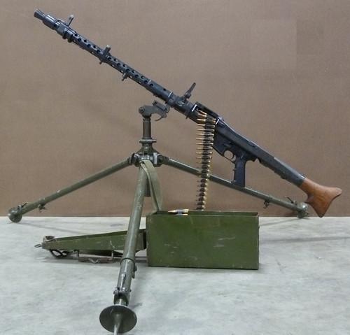 MG34 to MG42 Bipod / AA mount Adapter