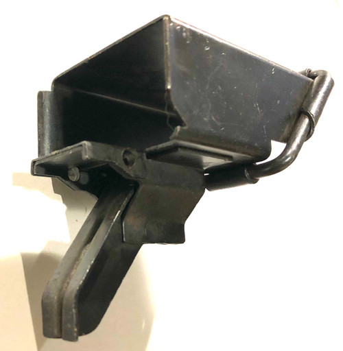 M2HB Link Chute - Angled Square Type - Blued - Excellent Condition