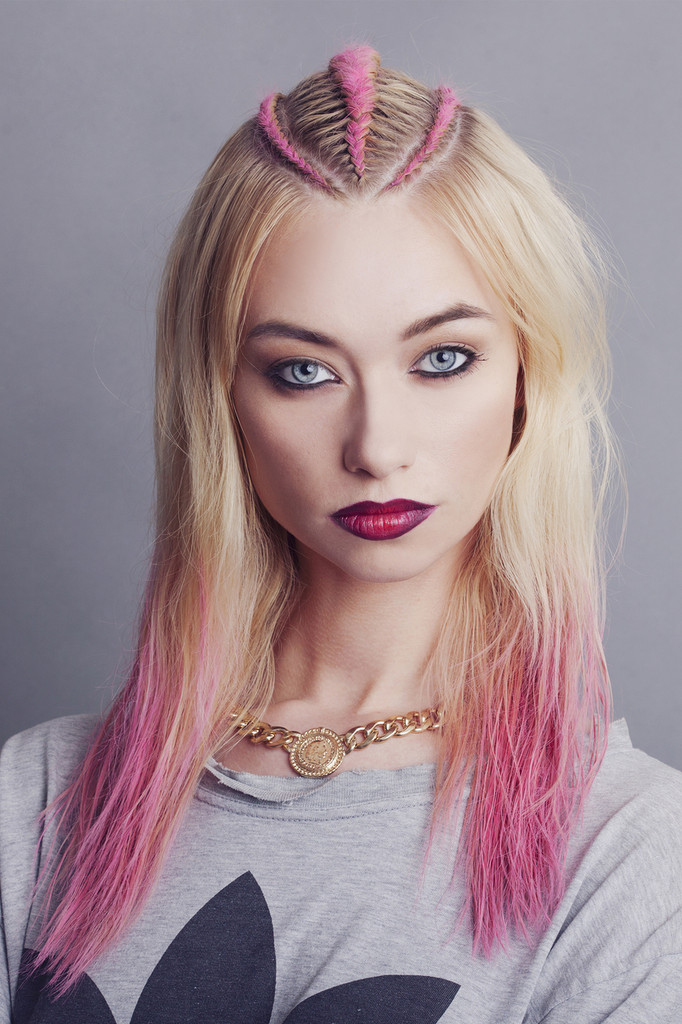 Pocahontus, Hair crayon