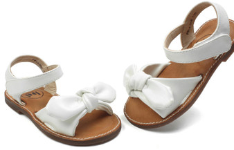 Buddy Aroha White Sandals Aus 3 only