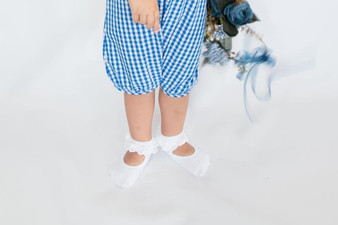 Ma Mer Girls White or Pink Ballet Socks With Lace