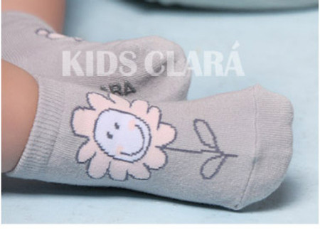 Kids Clara Grey Flower Socks