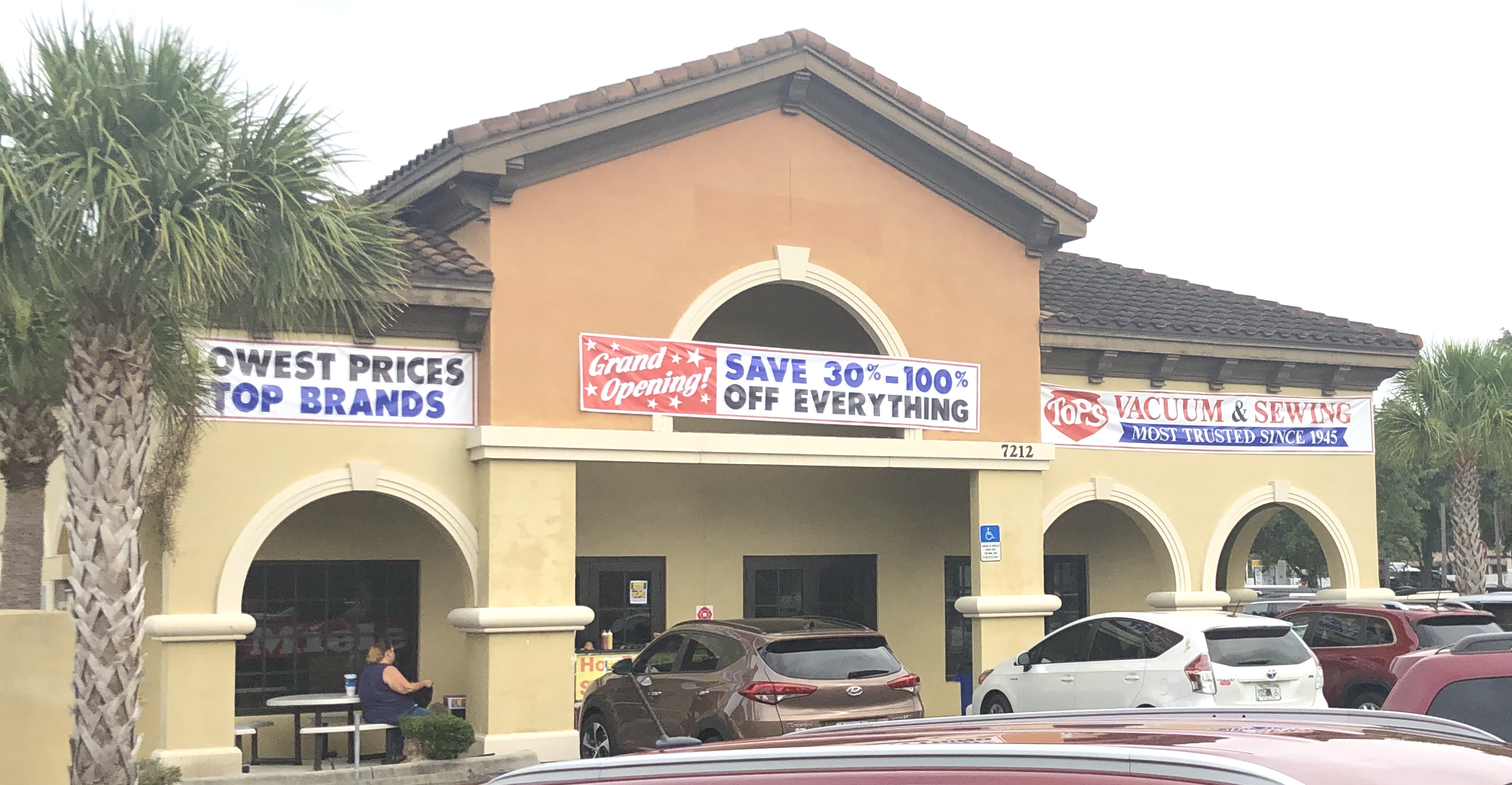 Tops Vacuum and Sewing - Lakewood Ranch