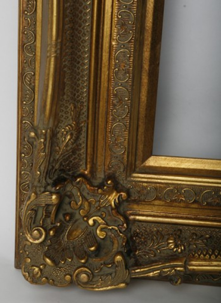 Print Décor - Grand Ornate Gold Detail