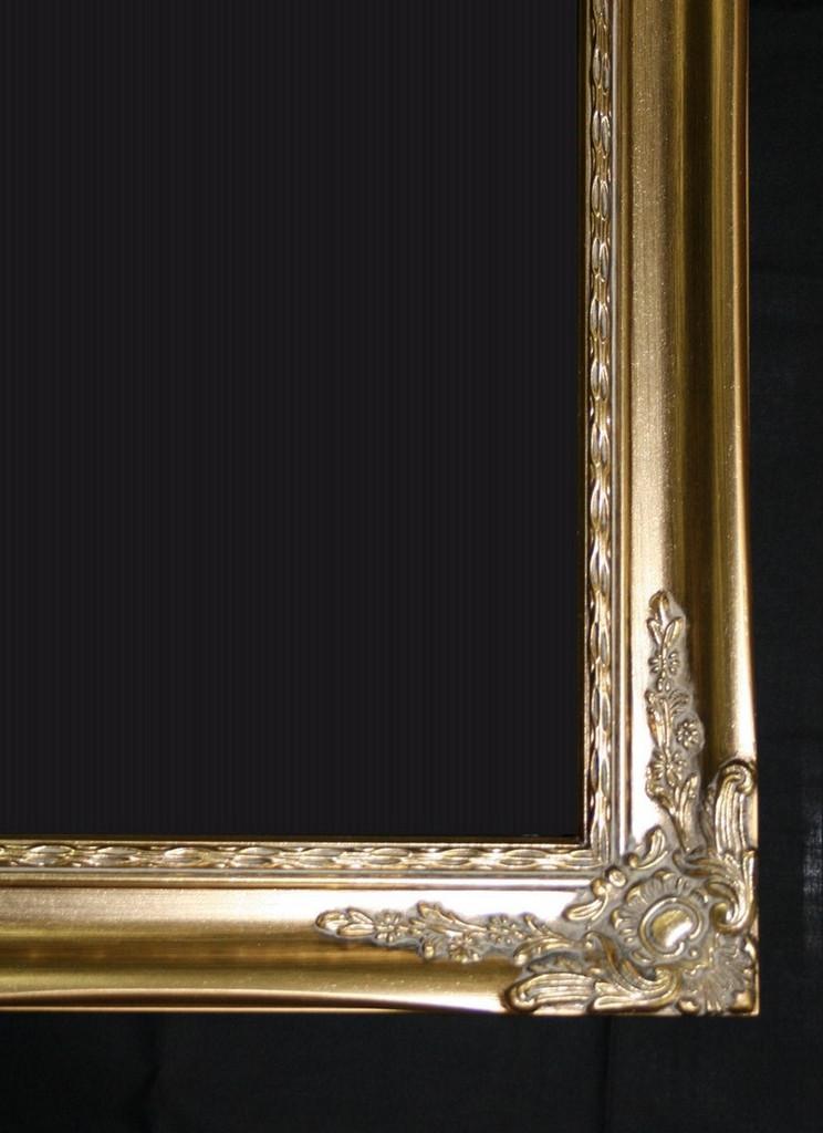 Print Décor - Alexnadra Gold Detail