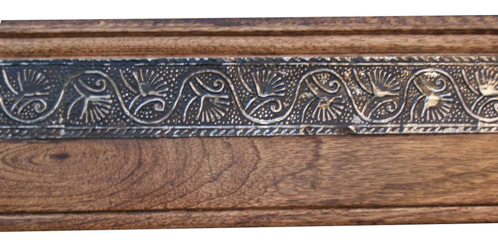 Detail | Mango Wood with Metallic Embellishment Strip | Print Decor