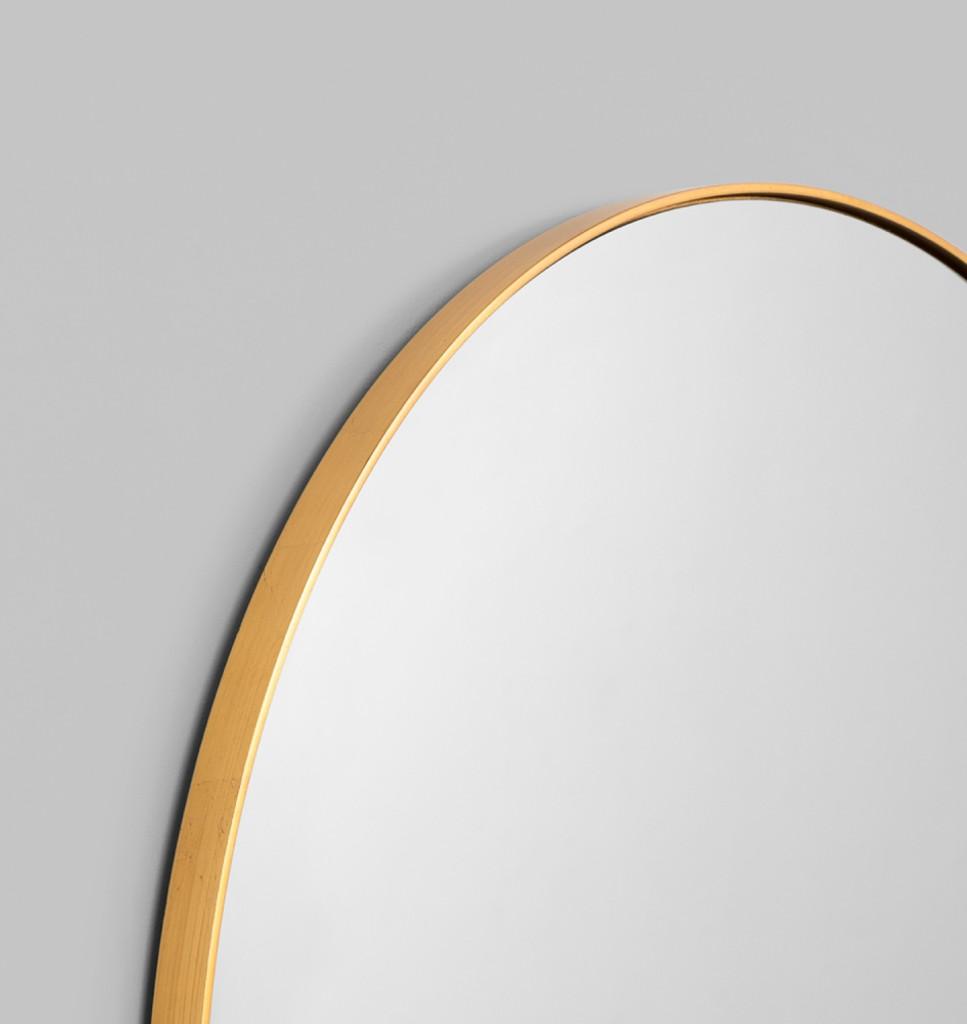 Modern Round Mirror | Bjorn | Brass, detail