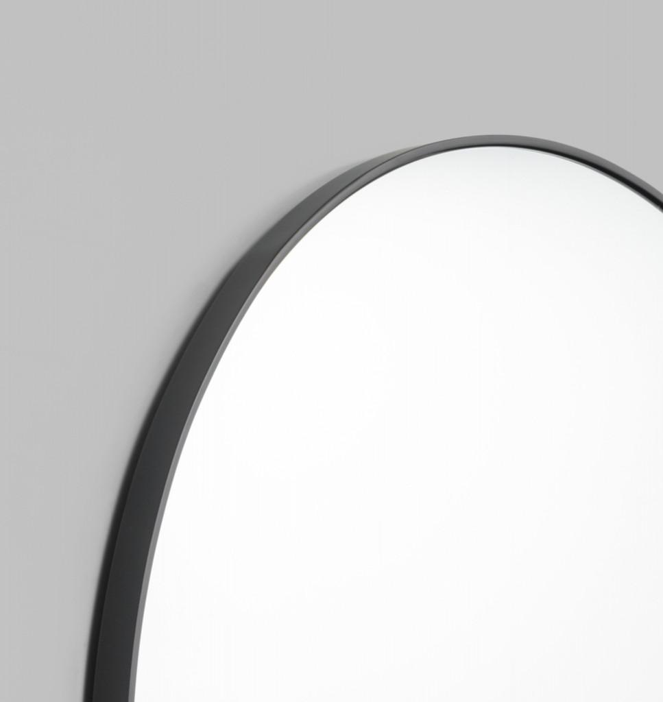 Modern Round Mirror |Bjorn | Black, detail