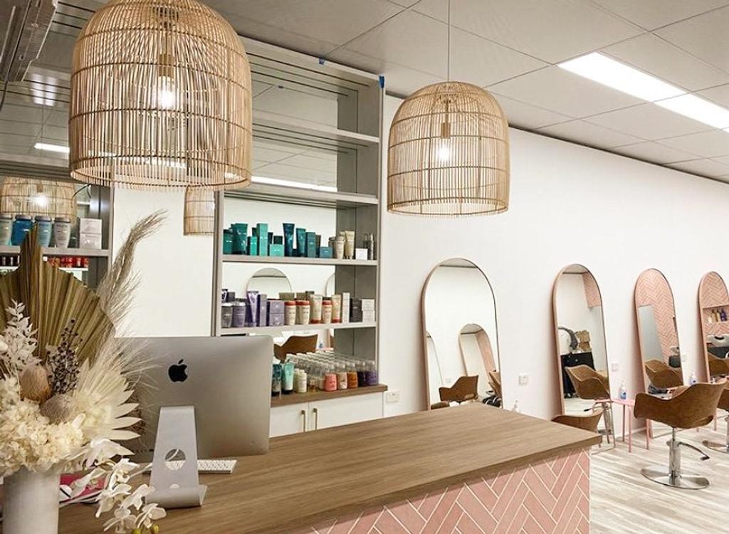 Bjorn Arch Powder Pink Mirrors in a salon