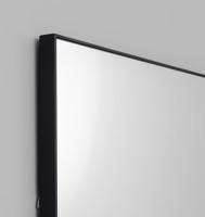 Errol Leaner Black Detail | Print Decor